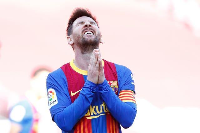 Lionel Messi shows his frustration after a missed opportunity in Barcelona's draw with Atletico Madrid