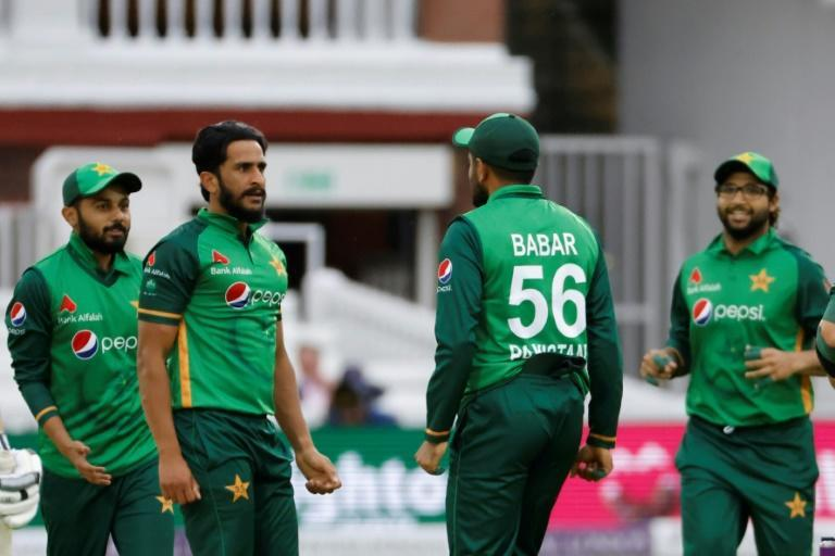 Prize wicket - Pakistan's Hasan Ali (2L) celebrates dismissing England captain Ben Stokes during the second ODI at Lord's on Saturday
