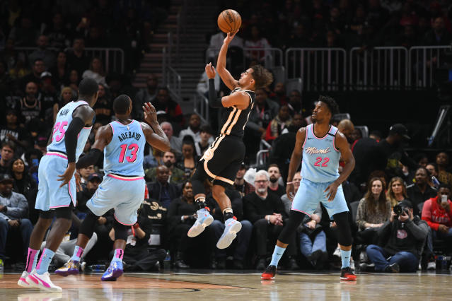 """<a class=""""link rapid-noclick-resp"""" href=""""/nba/players/6016/"""" data-ylk=""""slk:Trae Young"""">Trae Young</a> was making shots from everywhere on Thursday. (AP Photo/John Amis)"""