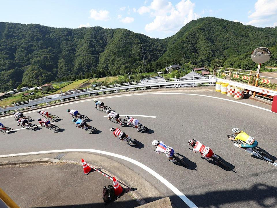 The Tokyo Olympics cycling race goes through Japanese mountains