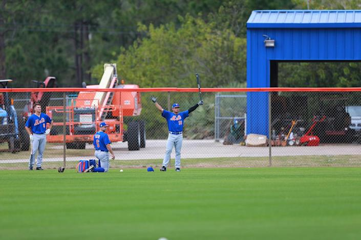 <p>New York Mets prospect L.J. Mazzilli participates in drills at the Mets spring training facility at First Data Field in Port St. Lucie, Fla., Tuesday, Feb. 28, 2017. (Gordon Donovan/Yahoo Sports) </p>