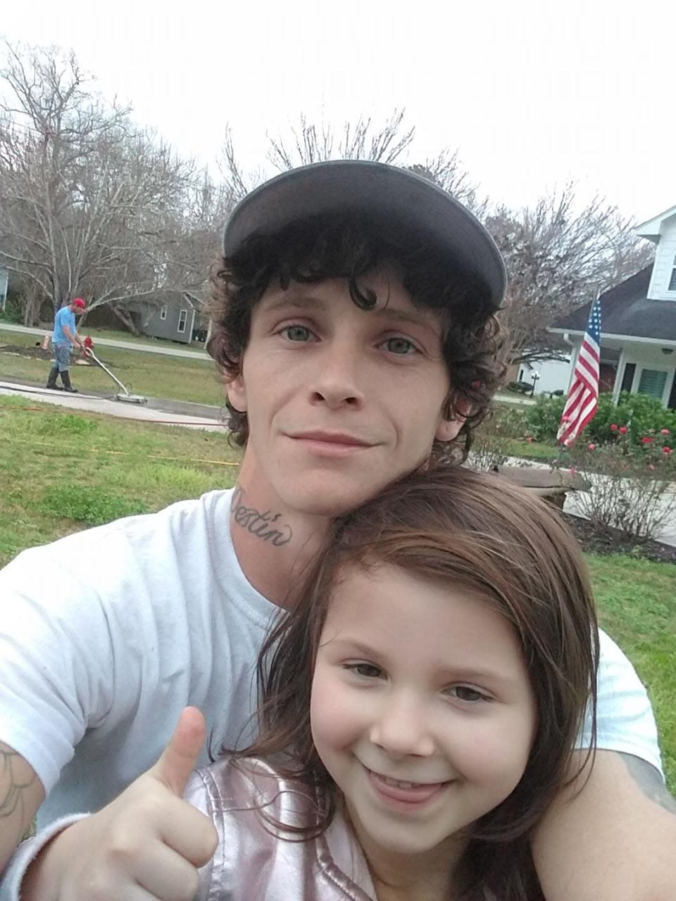 Texas single father Richard Miley was lectured for bringing his 5-year-old daughter to work. He says dads have it tough, too. (Photo: Courtesy of Richard Miley)