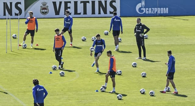 Schalke prepare for the derby clash with Dortmund