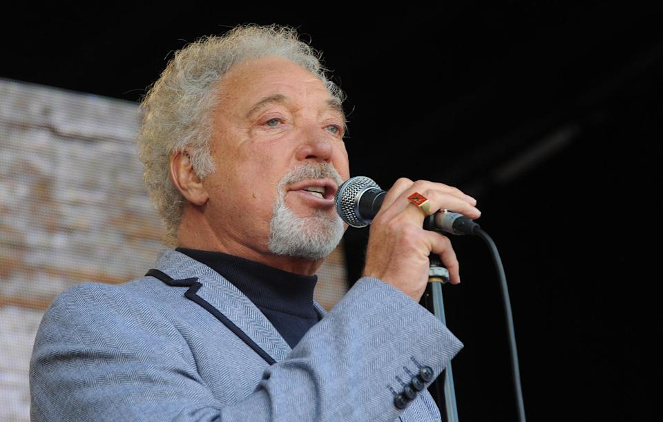 Tom Jones performs on stage (Getty Images)