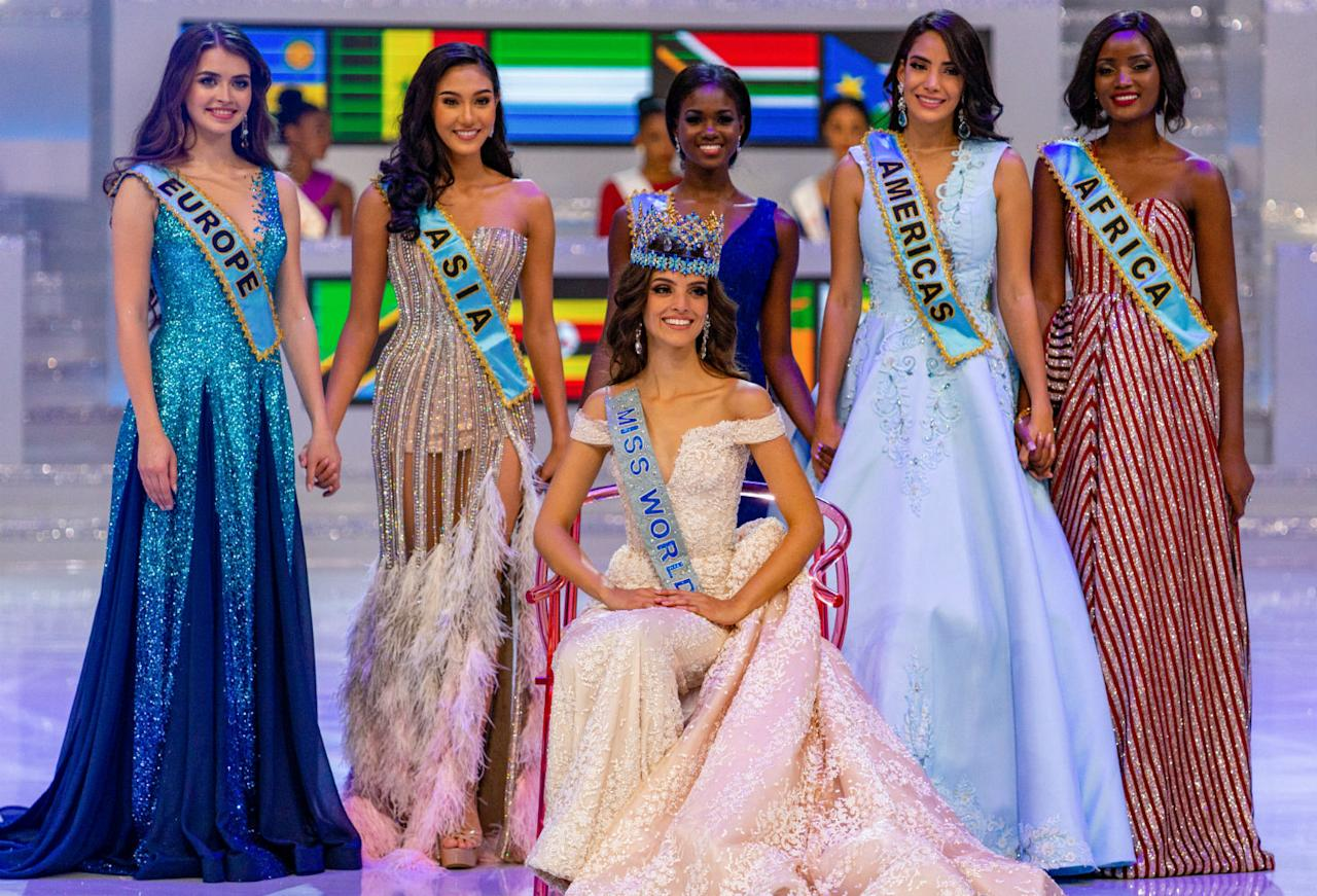 <p>Contestant Vanessa Ponce de Leon (C) of Mexico wins the Miss World 2018 beauty pageant. Artyom Ivanov/TASS (Photo by Artyom Ivanov\TASS via Getty Images) </p>
