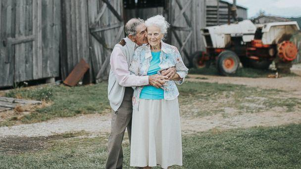 PHOTO: Ollie and Donald King's granddaughter arranged for the lovebirds to have a photo shoot on their farm in Crab Orchard, Ky. (paigefranklinphotography.com)