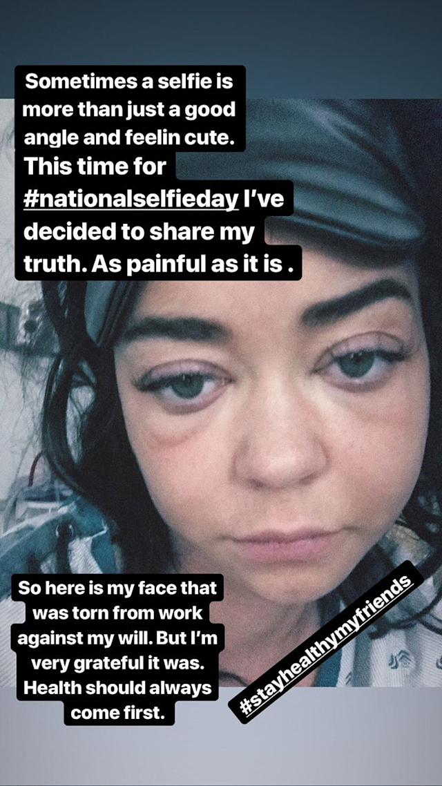 Sarah Hyland took to her Instagram Story to share a photo of herself in the hospital. (Photo: Instagram/sarahhyland)