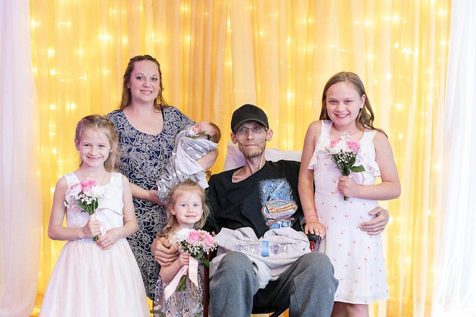 Widowed Mom of 4 Gives Back to Nonprofit That Helped Her Family Before Husband's Death