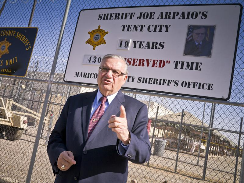 Maricopa County Sheriff Joe Arpaio talks about the new sign he unveiled at ''Tent City'' in the Maricopa County Jail system. (Photo: Jack Kurtz/ZUMA Wire)