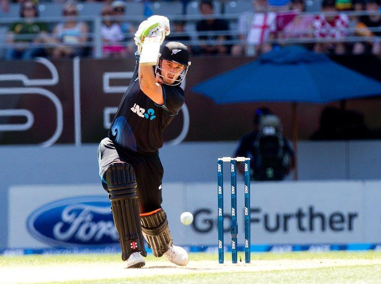 New Zealand's Hamish Rutherford bats in Auckland on February 23, 2013