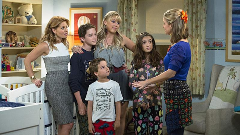 'Fuller House' Dog Cosmo Dies, Cameron Candace-Bure Reacts