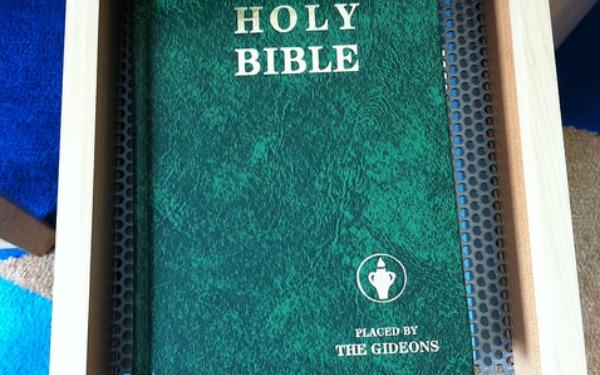 UK Hotel Swaps Bibles for Kindles