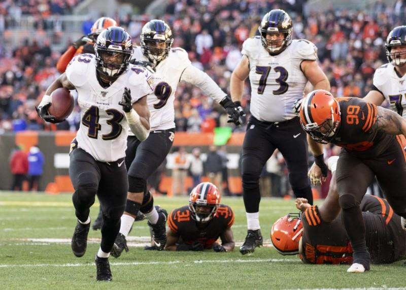 Ravens grab AFC top seed, but NFC up for grabs