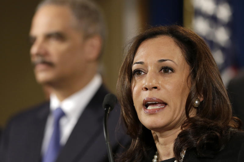 Calif. attorney general sues Standard & Poor's