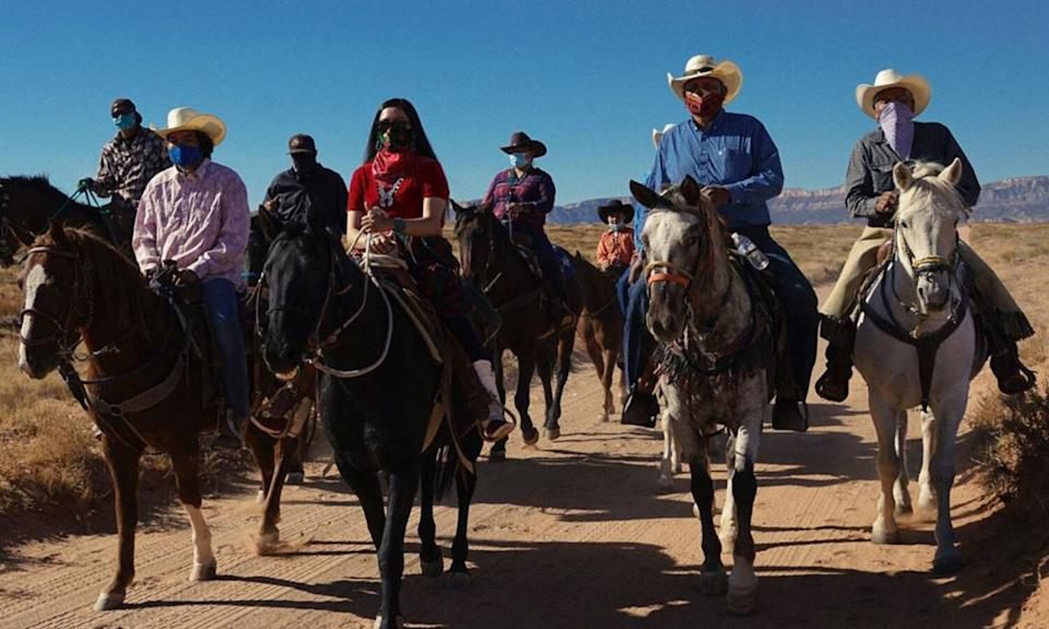 The first of three horseback rides to the polls, in Navajo Nation, took place on Oct. 20. (Photo: Allie Young/Instagram)