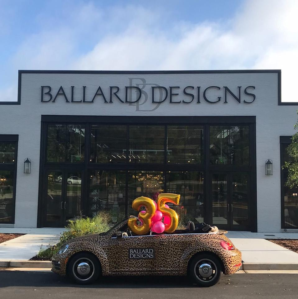 "<p><a rel=""nofollow"" href=""https://www.ballarddesigns.com/plcc-instant-landing/content"">SIGN UP</a></p><p>For credit card holders, Ballard Designs offers a 20% off birthday discount every year. Card holders also receive a $50 bonus when you sign and use your card, plus a $25 reward for ever $250 you spend. </p>"
