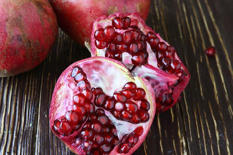 Pomegranates Can Help You Fight Both Health And Skin Problems