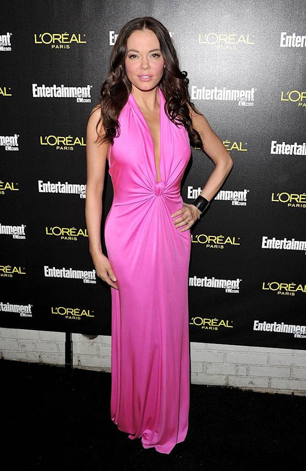 """A few days later, Rose treated fashion fans to yet another sensational look when she arrived at an <i>Entertainment Weekly</i> SAG Award celebration in an irresistible Issa dress and striking silver cuff. John Shearer/<a href=""""http://www.wireimage.com"""" target=""""new"""">WireImage.com</a> - January 29, 2011"""