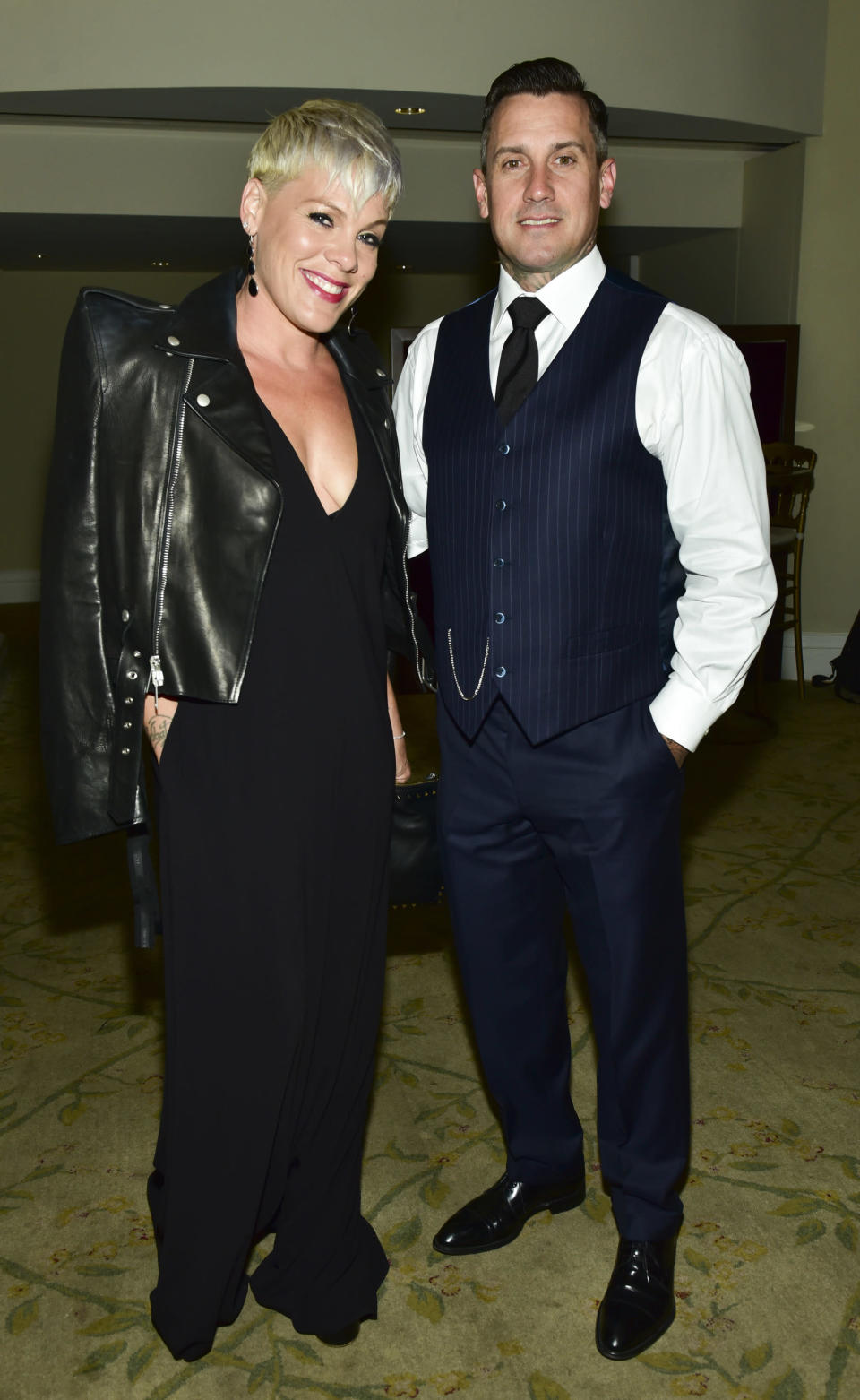 People can't help criticizing P!nk and Carey Hart for the way they are raising their children. (Photo: Rodin Eckenroth/Getty Images)