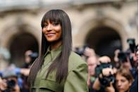 <p>The supermodel gave her poker straight lengths a fashion-week ready update with a choppy full fringe.</p>