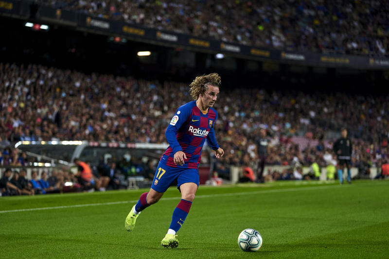 BARCELONA, SPAIN - SEPTEMBER 24: Antoine Griezmann of FC Barcelona with the ball during the Liga match between FC Barcelona and Villarreal CF at Camp Nou on September 24, 2019 in Barcelona, Spain. (Photo by Quality Sport Images/Getty Images)