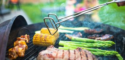Keep your summer BBQ happy and healthy with simple tips to follow.