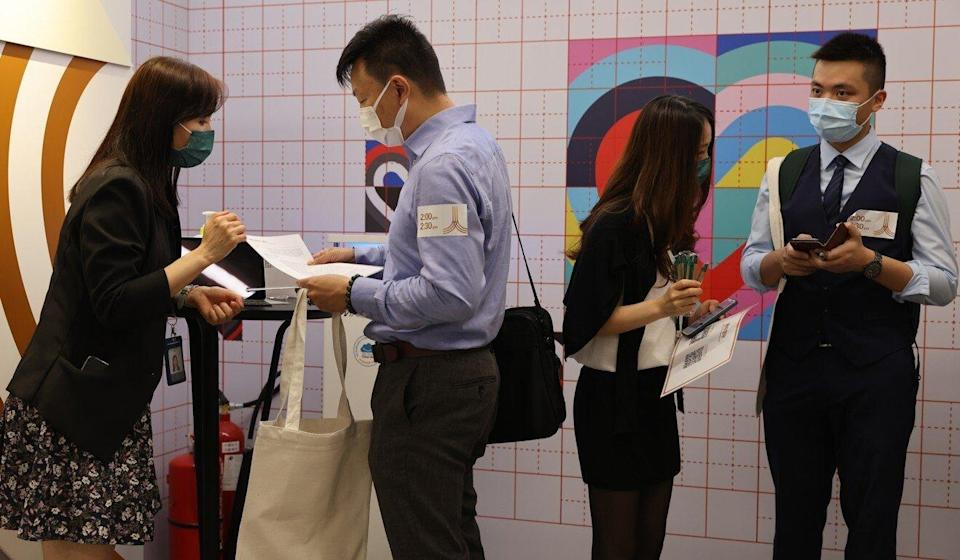 Jobseekers attend a career day in Central. Photo: May Tse