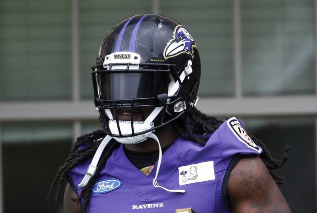 "<a class=""link rapid-noclick-resp"" href=""/nfl/teams/bal"" data-ylk=""slk:Baltimore Ravens"">Baltimore Ravens</a> running back Alex Collins is in a smash spot in Week 1 (AP Photo/Patrick Semansky)"