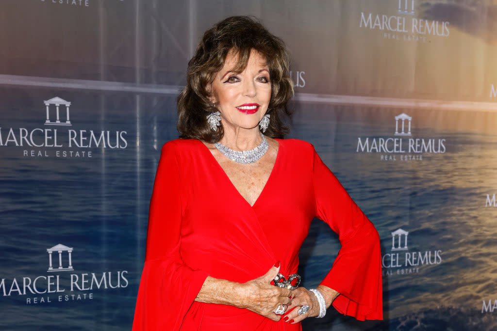 Joan Collins embraces a bold eye look in August, 2021. (Getty Images)