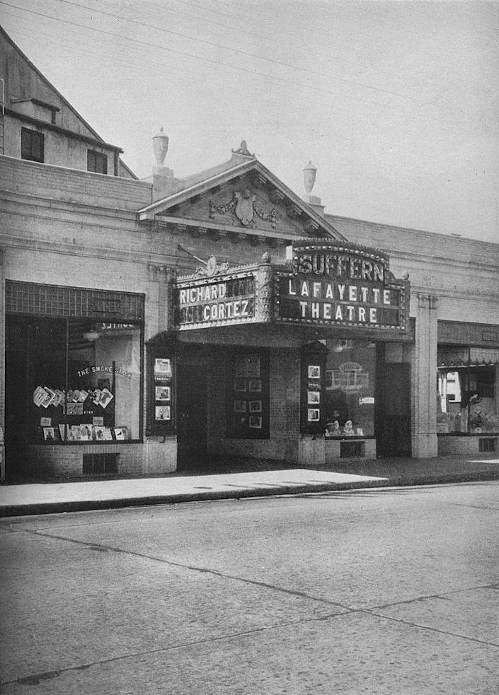 <p>Designed by Eugene DeRosa, the Lafayette Theatre opened in 1924. Aside from movies, the theater also showed weekly <em>Big Screen Classics </em>film shows. It continues to operate as a single-screen movie house. <br></p>