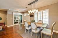 """<p><b>Fad to ditch from 2015: Mason jars</b></p><p>The mason jar trend is exhausted, and will finally make its exit in 2016. After using them to invoke a rustic chic feeling everywhere from wedding decor to restaurants, experts and homeowners alike are finally ready to move on. <i>Courtesy of <a href=""""http://www.zillow.com/digs/traditional-dining-rooms-7070665163/"""" rel=""""nofollow noopener"""" target=""""_blank"""" data-ylk=""""slk:Zillow Digs"""" class=""""link rapid-noclick-resp"""">Zillow Digs</a>.</i></p>"""