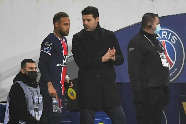 Mauricio Pochettino (C) could risk losing Neymar for a key clash against Lille if the Brazilian is forced to quarantine following the international break