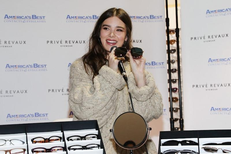 hailee steinfeld at sunglasses event