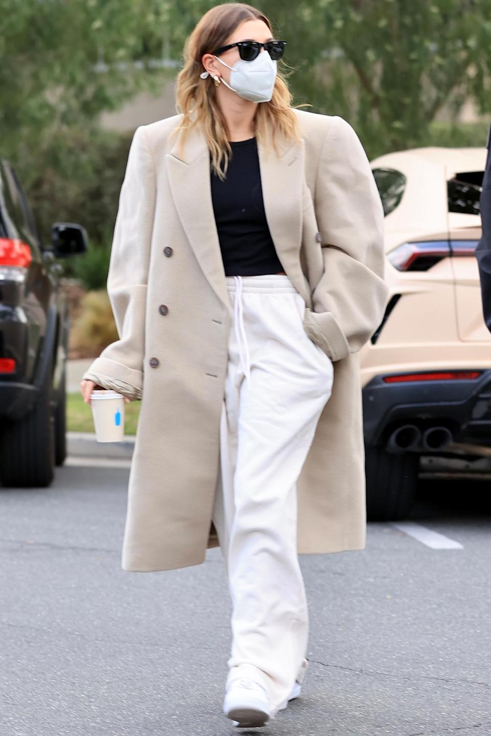 <p>Hailey Baldwin bundled up in monochrome separates during an outing in Los Angeles.</p>