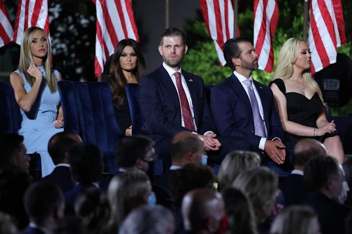 The Trump Family Got Cushy Thrones To Watch Their Father S Convention Speech While Cabinet Members Got Hard Chairs