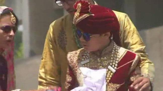 Bhavya Shah is the son of a diamond merchant in Surat and his family has welcomed his decision. Earlier, his elder sister also renounced family life when she turned 12.