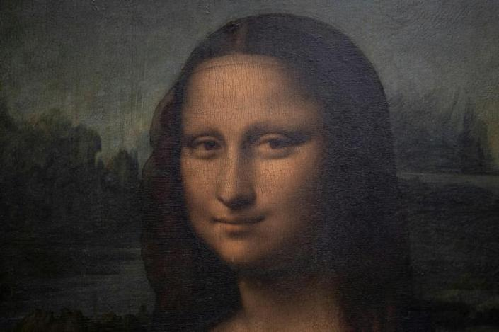 Was the Leonardo da Vinci's 'Mona Lisa' smiling at a familiar smell? Michael Moisseeff hopes to find out
