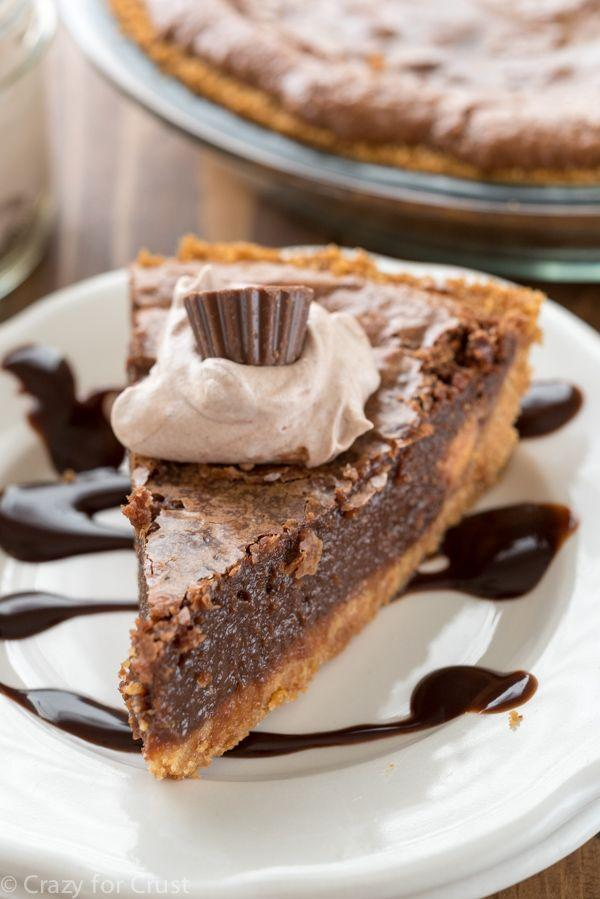 "<p>A soft, gooey layer of fudge on a crunchy bed of graham crackers makes for an irresistible fall dessert.</p><p><strong>Get the recipe at <a href=""http://www.crazyforcrust.com/2015/10/chocolate-chess-pie-with-graham-cracker-crust/"" rel=""nofollow noopener"" target=""_blank"" data-ylk=""slk:Crazy For Crust"" class=""link rapid-noclick-resp"">Crazy For Crust</a>.</strong></p>"