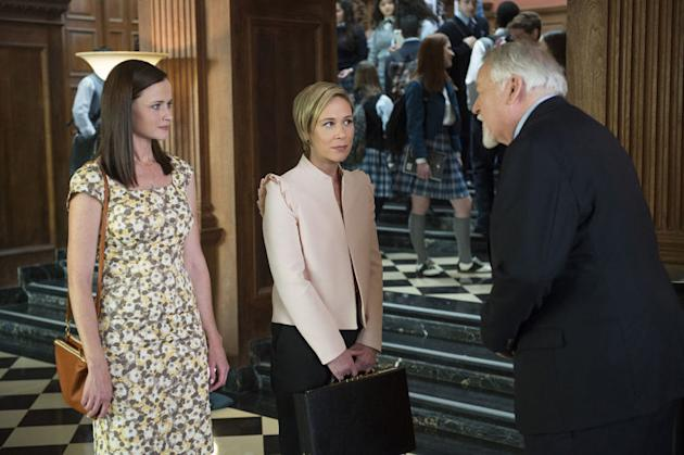 Unbroken bond: Graham, Bledel weigh in on career-defining 'Gilmore Girls'