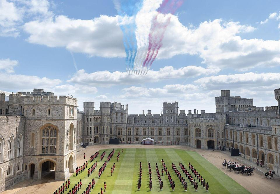 <p>The Red Arrows flew overhead as the military ceremony went on in the Quadrangle of Windsor Castle.</p>