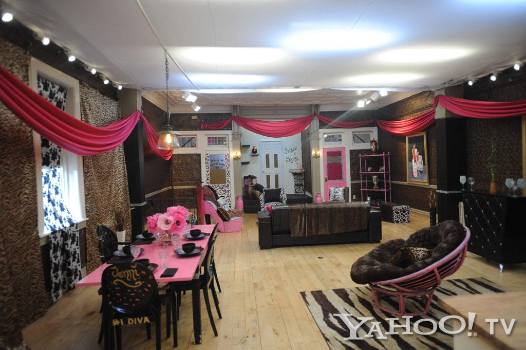 """It looks like animal print threw up everywhere,"" Snooki tells <a href=""http://www.usmagazine.com/celebrity-style/news/snooki-jwoww-our-new-jersey-apartment-is-a-guidette-barbie-house-2012225"">Us Weekly</a>.<br><br><a href=""http://tv.yahoo.com/photos/snooki-and-j-woww-1338597654-slideshow/"">See more ""Snooki & JWoww"" photos</a><br><div style=""color:#000000;background-color:#ffffff;text-align:left;text-decoration:none;""><br><br></div>"