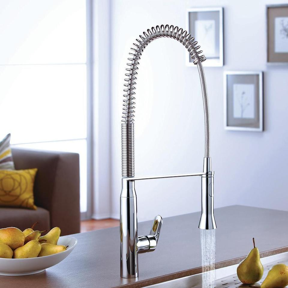 """<p><strong>Grohe</strong></p><p>homedepot.com</p><p><strong>$1124.20</strong></p><p><a href=""""https://go.redirectingat.com?id=74968X1596630&url=https%3A%2F%2Fwww.homedepot.com%2Fp%2FGROHE-K7-Medium-Single-Handle-Pull-Down-Sprayer-Kitchen-Faucet-with-Foot-Control-in-SuperSteel-Infinity-30314DC0%2F206726542&sref=https%3A%2F%2Fwww.housebeautiful.com%2Fshopping%2Fhome-gadgets%2Fg32601791%2Fbest-touchless-kitchen-faucets%2F"""" rel=""""nofollow noopener"""" target=""""_blank"""" data-ylk=""""slk:BUY NOW"""" class=""""link rapid-noclick-resp"""">BUY NOW</a></p><p>An alternative to the hand sensor or voice control, the K7 uses a foot sensor to operate the sink. Just tap the sensor with your foot, and you're ready to wash your hands or do the dishes in no time. It comes in two finishes and features a 360-swivel arm and two spray options. </p>"""