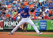 FILE PHOTO: Mar 13, 2019; Port St. Lucie, FL, USA; New York Mets starting pitcher Noah Syndergaard (34) throws against the Houston Astros during a spring training game at First Data Field. Mandatory Credit: Steve Mitchell-USA TODAY Sports