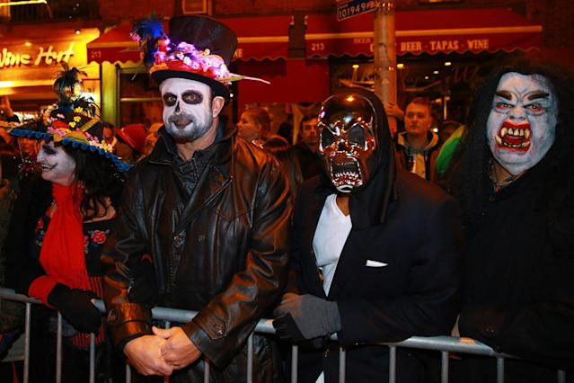 <p>Onlookers wear Halloween costumes to the 44th annual Village Halloween Parade in New York City on Oct. 31, 2017. (Photo: Gordon Donovan/Yahoo News) </p>