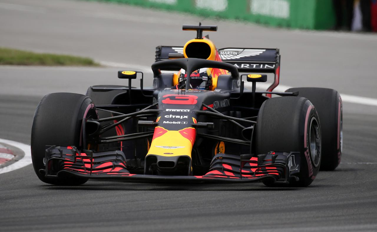 FILE PHOTO: Formula One F1 - Canadian Grand Prix - Circuit Gilles Villeneuve, Montreal, Canada - June 10, 2018   Red Bull's Daniel Ricciardo in action during the race   REUTERS/Carlo Allegri/File Photo
