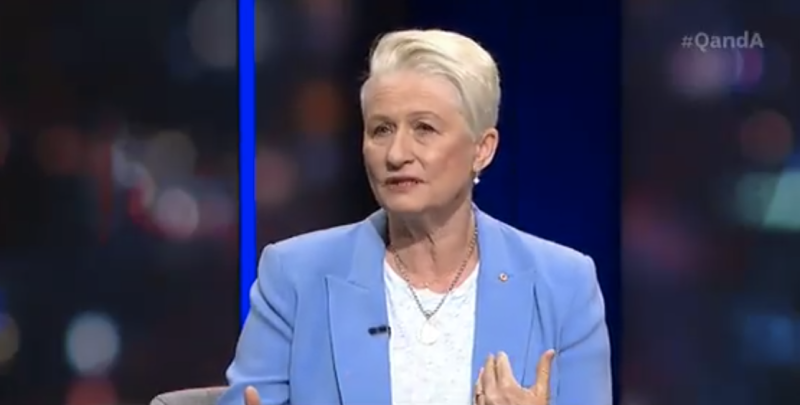 Dr Kerryn Phelps has called for masks to be made mandatory. Source: ABC