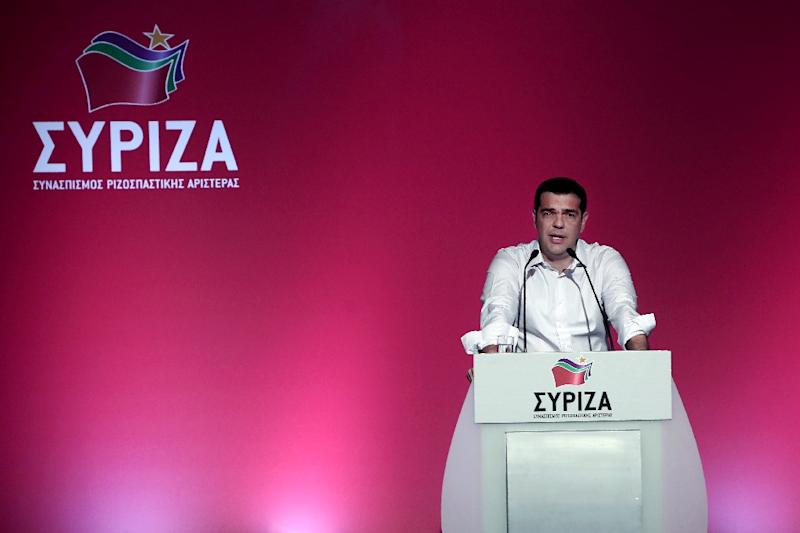 Greek Prime Minister Alexis Tsipras delivers a speech at the Syriza party's central committee in Athens on July 30, 2015 (AFP Photo/Angelos Tzortzinis)