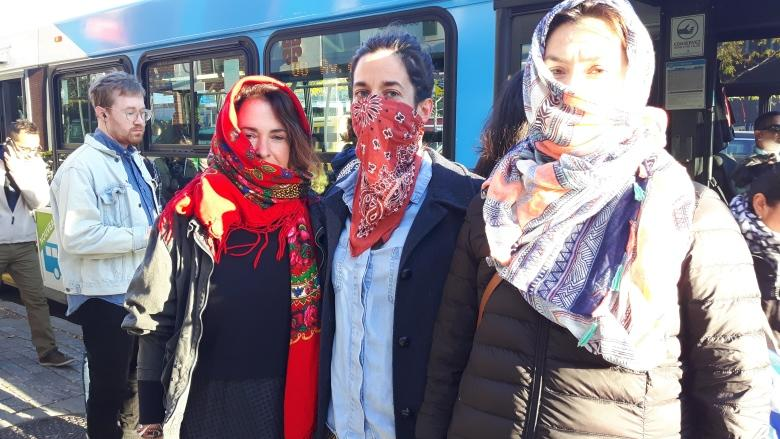 Breaking down Bill 62: What you can and can't do while wearing a niqab in Quebec