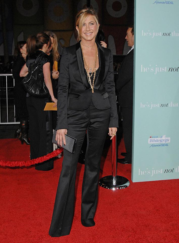 "<a href=""http://movies.yahoo.com/movie/contributor/1800021397"">Jennifer Aniston</a> at the Los Angeles premiere of <a href=""http://movies.yahoo.com/movie/1809932969/info"">He's Just Not That Into You</a> - 02/02/2009"