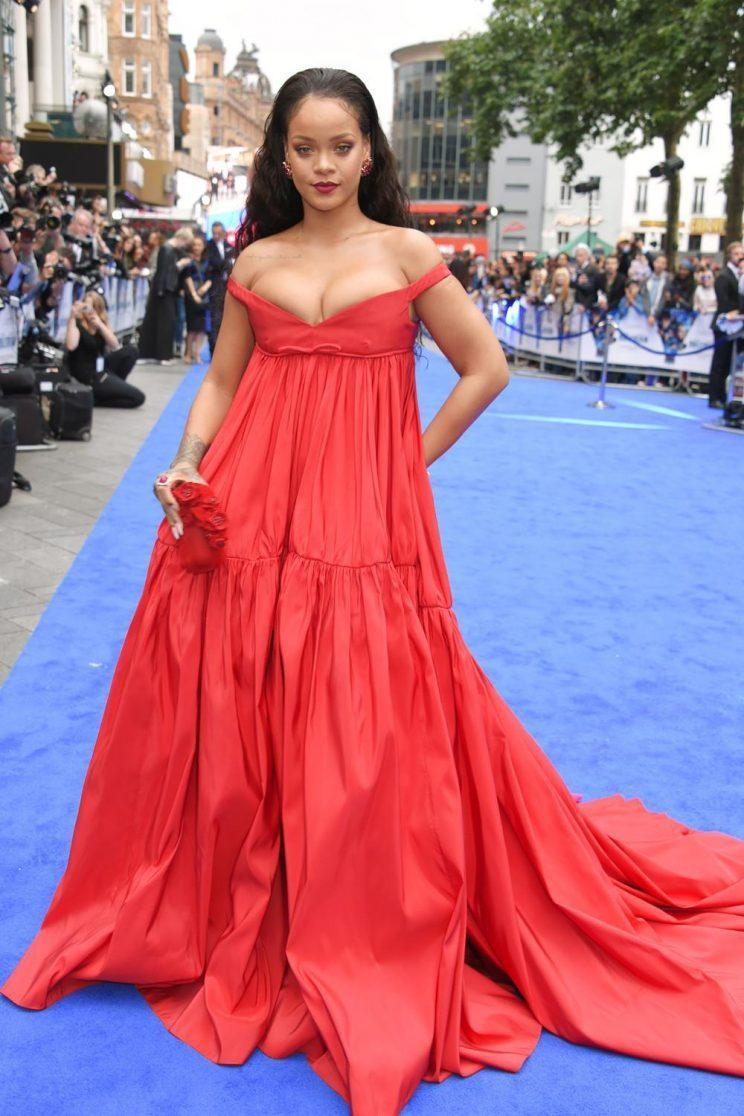 Rihanna chose another fairytale look by Giambattista Valli. (Photo: Getty Images)